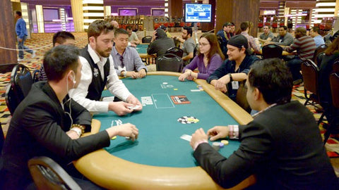 multi-table poker tourney