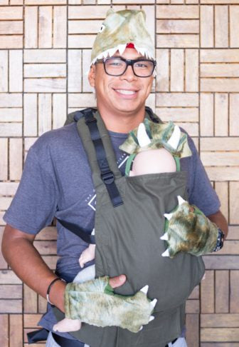 f019fba3514 DIY Halloween Baby Carrier Costumes by Jessica Carlson