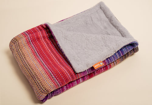Erizo Wovens Tulip Fields (magenta weft) - Tula Signature Handwoven Heirloom Blanket