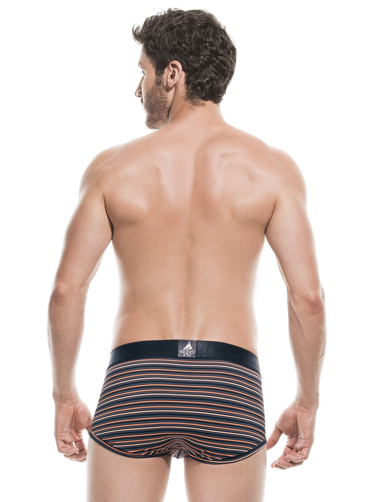 Mens stretch, microfiber boxer briefs, Inizio Fit logo written in blue on dark blue waist band, main color is light blue, horizontal stripe pattern, by Inizio Fit sold by ironangelsfashion.com | Calzoncillos de microfibra con estiramiento para hombre, logotipo de Inizio Fit en azul en la banda de la cintura, color principal es azul con patron de rayas horizontales