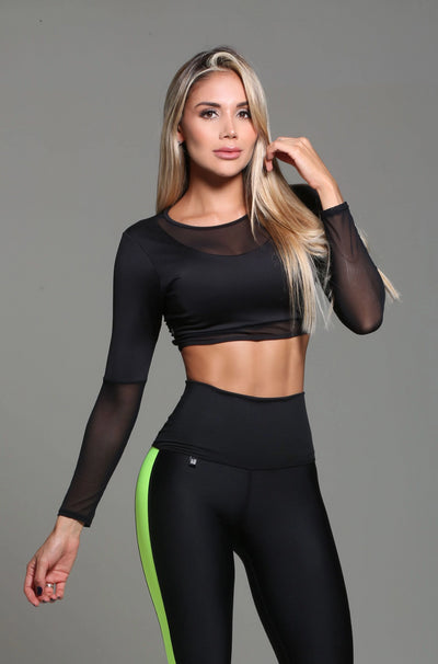 Black long sleeve athletic crop top, mesh detail elbow down and small area in neckline by Sky Wox sold by ironangelsfashion.com | Top deportivo color negro, detalle de malla del codo hasta final de manga y sobra el escote, estilo corto, manga larga