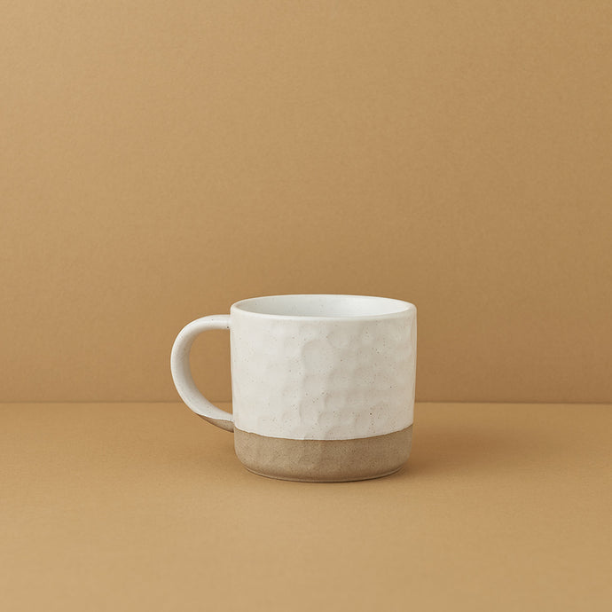 Crater Etched Sand-footed Mug — White Speckled