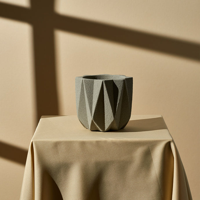 Geometric Planter (Medium) — Light Grey