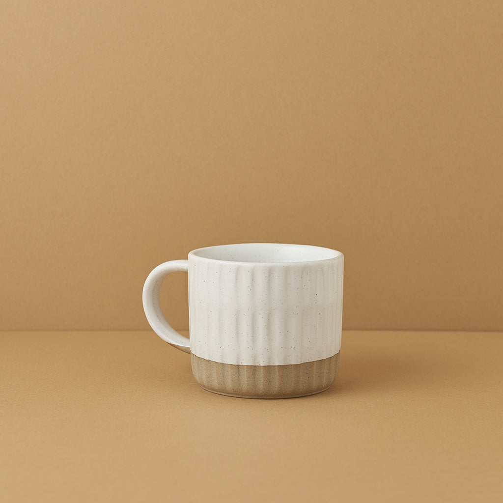 Linear Etched Sand-footed Mug — White Speckled