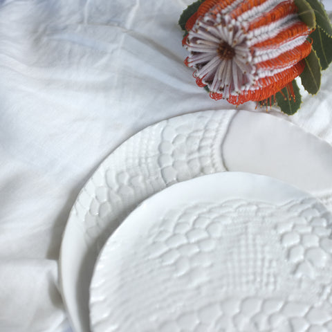 porcelain lace plate – white (salad plate)
