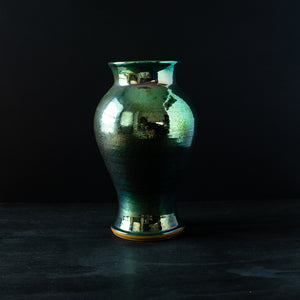Ceramic Large Classic Vase | Matte Green Iridescent