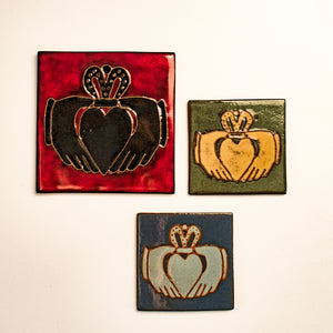Ceramic Earthen Craft Pottery | Claddagh Tile