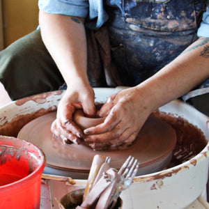 Ceramic Private Wheel Throwing Class At Pewabic - Auction