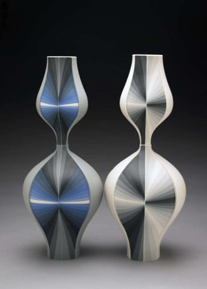 Grey Contrasting Gradient Vessels