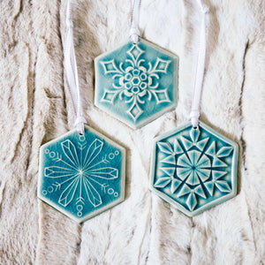 Ceramic 2018 Snowflake Set