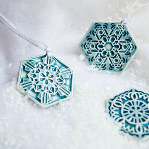 Ceramic 2019 Snowflake Set