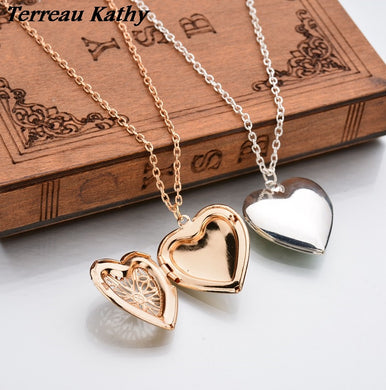 Gold Plated Hollow Heart-Shaped  photo box necklace