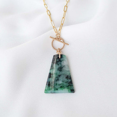 Unique Jade Necklace - D028