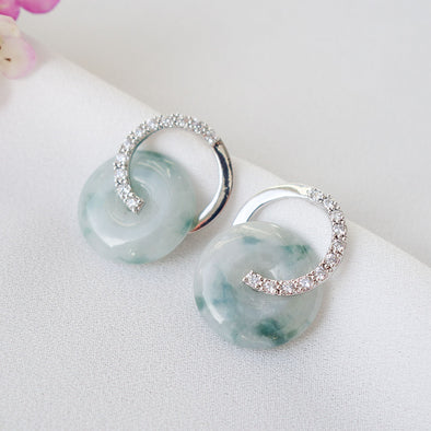 Cross Loop Jade Ear Studs D7