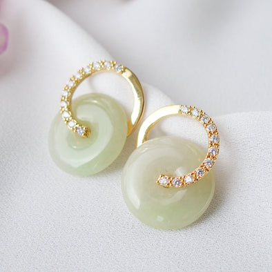 Cross Loop Jade Ear Studs D70