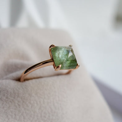 Tourmaline Cabochon Ring in Rose Gold - Tea Green
