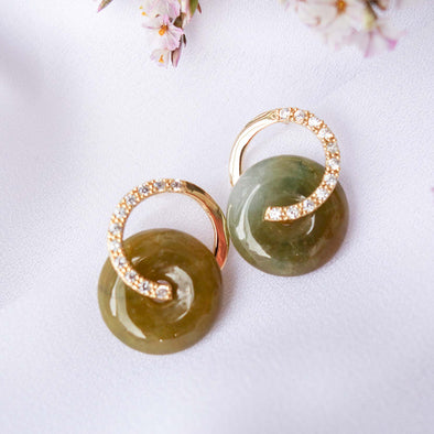 Cross Loop Jade Ear Studs G5