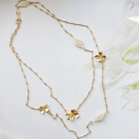 Hydrangea and Hand-woven Pearls Long Necklace