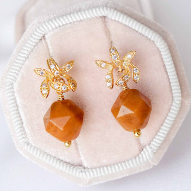 Faceted Honey Jade with Orchid Ear Studs