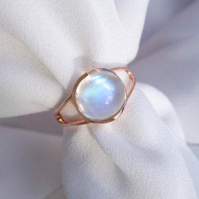 Round Moonstone Cabochon Ring - 14K Rose Gold RMCR3R37