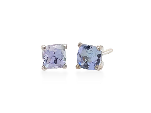 Square Tanzanite Ear Studs in 18K White Gold SSES4W9