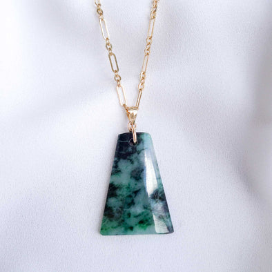 Trapezium Unique Jade Necklace - UJJN7