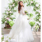 Women's Lace Wedding Dresses