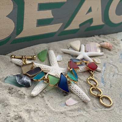 BEACH TREASURES ONLINE