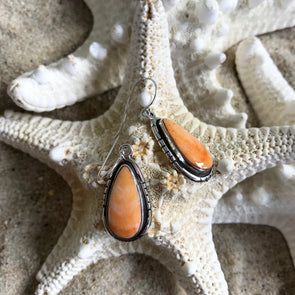 Spiny Oyster Shell Earrings - BEACH TREASURES ONLINE