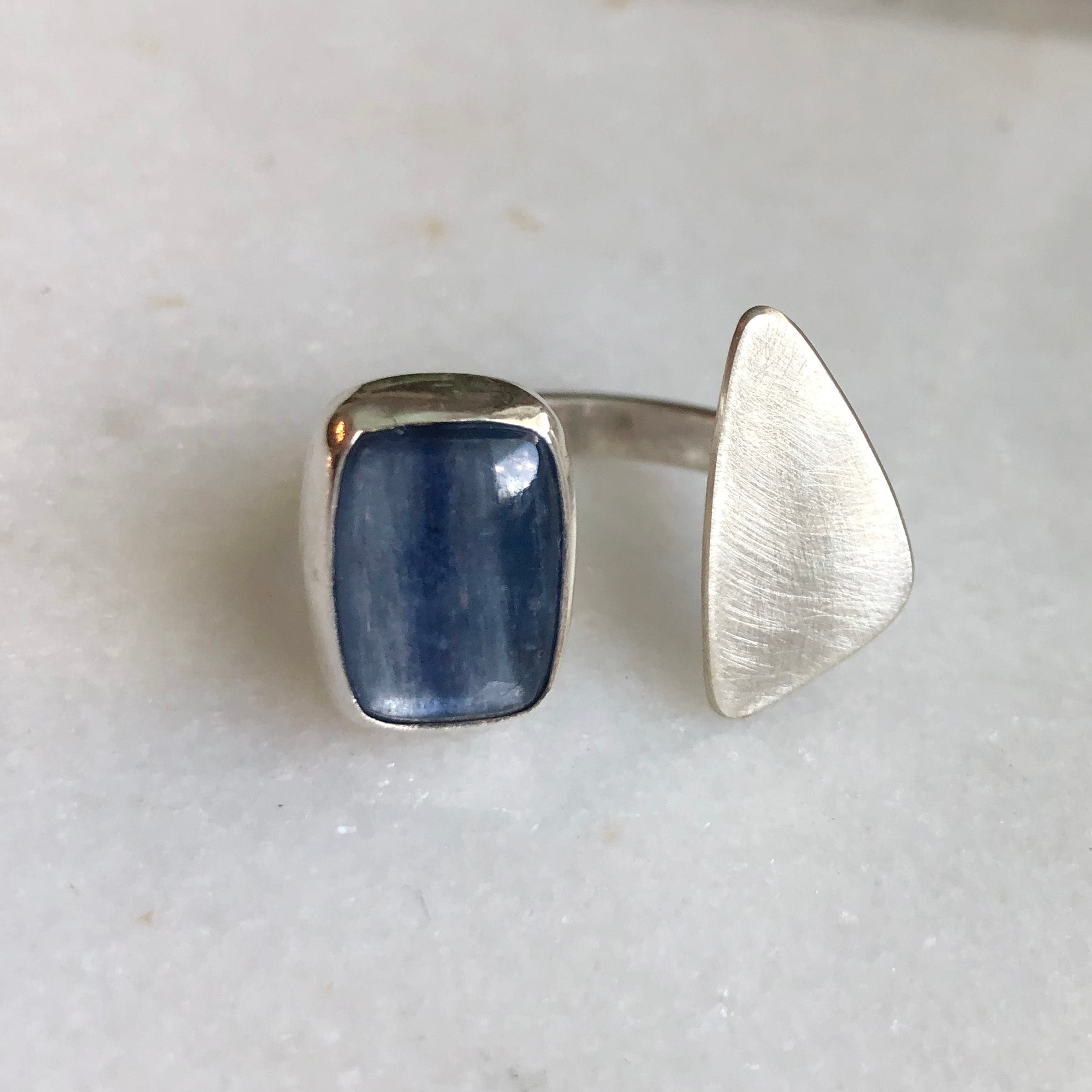 Blue Kyanite Tranquility Ring // size 7.5-8