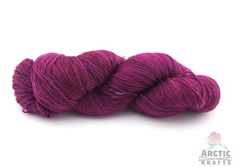 Semi solid/tonal hand dyed yarn