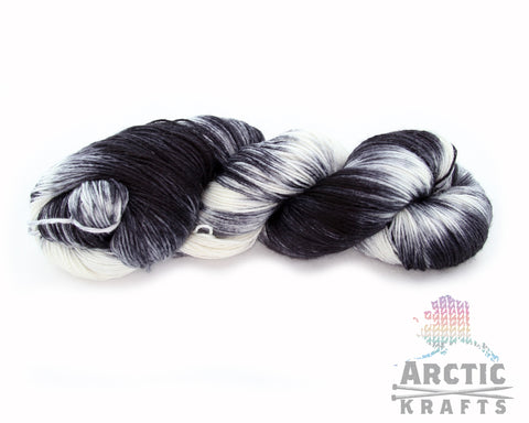 Black Tie worsted