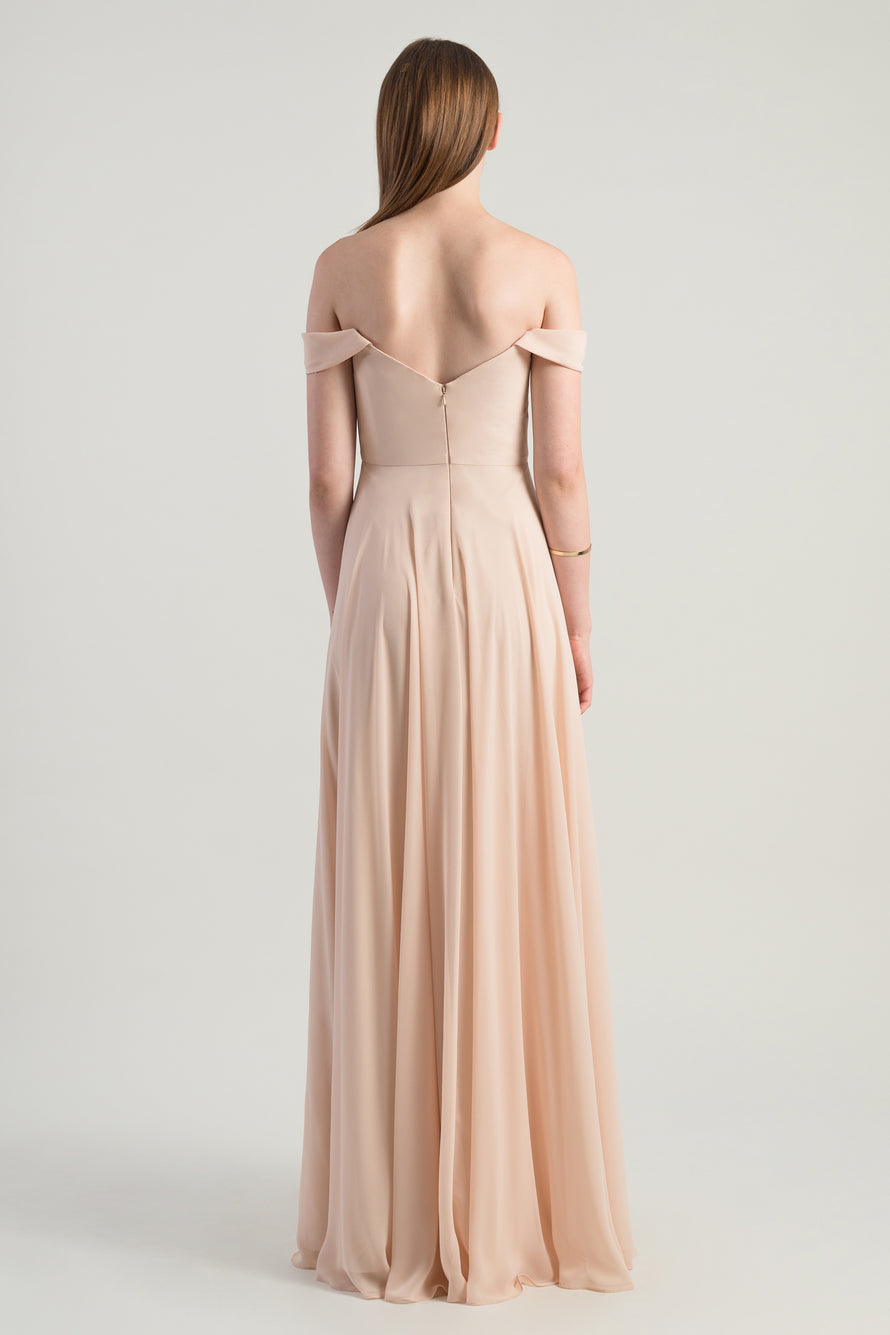 Scoop neckline, Luxe Chiffon, Off the shoulder
