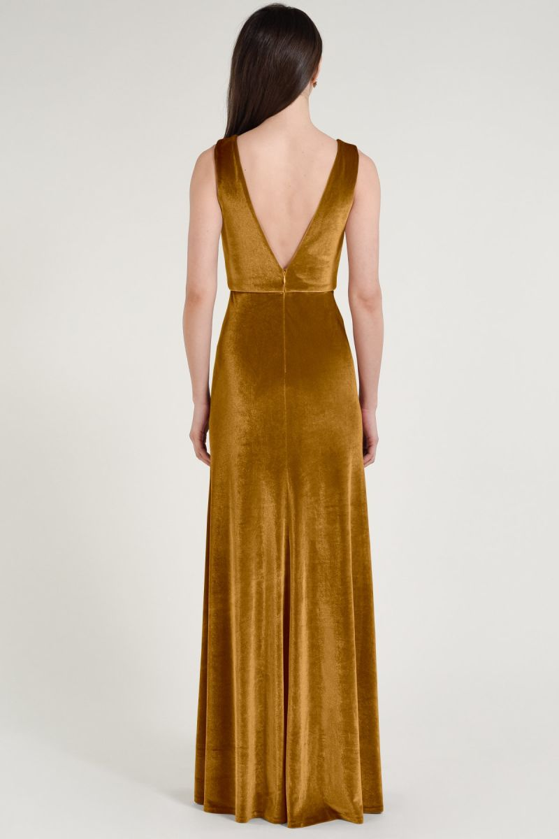 Plunging V-neckline, Stretch Velvet, Sleeveless, A-line skirt