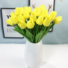 Load image into Gallery viewer, Artificial Tulip flowers. ($0.99 Price per head).
