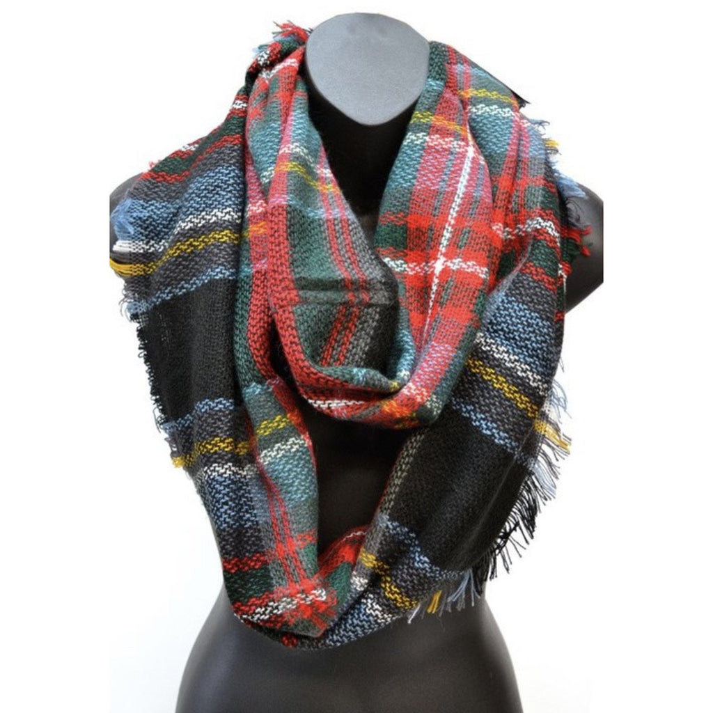 Home for the Holidays Plaid Scarf
