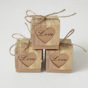 10pcs/lot Love Christmas Candy Box Romantic Heart Kraft Gift Bag With Burlap Twine Chic Wedding Favors Gift Box Supplies 5x5x5cm