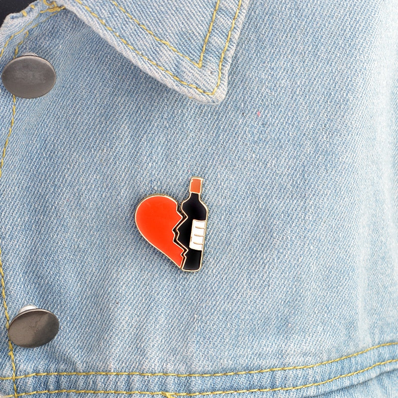 2pcs/set Broken heart wine bottle Brooch Metal Enamel Red Black Brooches Pins Denim jacket Bag Pin Badge Jewelry for girls boys