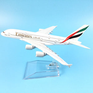AIR PASSENGER PLANE BOEING EMIRATES  AIRCRAFT MODEL MODEL PLANE SIMULATION 16CM ALLOY CHRISTMAS TOYS GIFTS CHILDREN