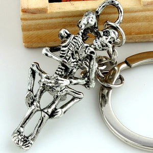 Retro Gothic Antique Infinity Love Tibet Silver Plated Couple Skulls Hug Keychain Key ring For Lover's Gift