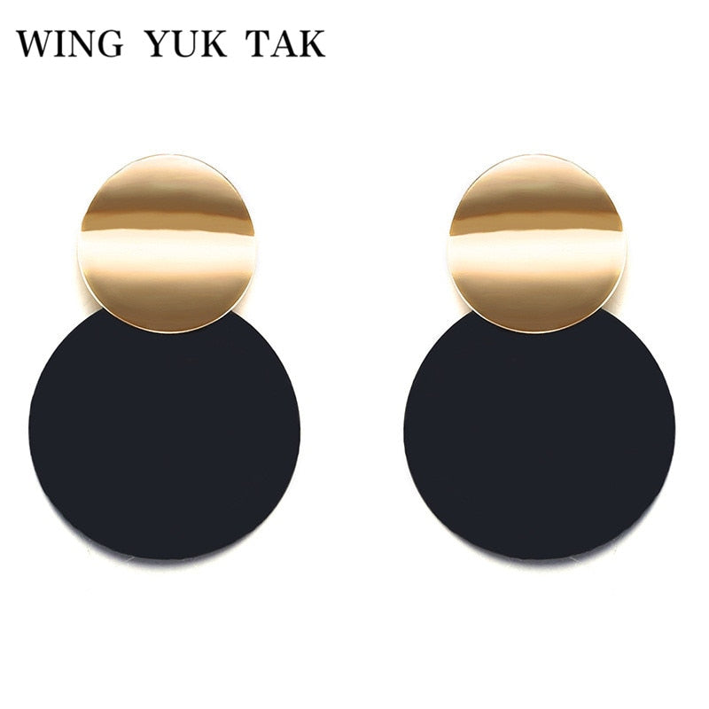 Unique Black Stud Earrings Trendy Gold Color Round Metal Statement Earrings for Women  wing yuk tak Fashion Jewelry