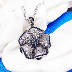 Vintage Flower Long Pendant Necklace Women Fashion Jewelry  Sweater Necklaces Christmas Gifts