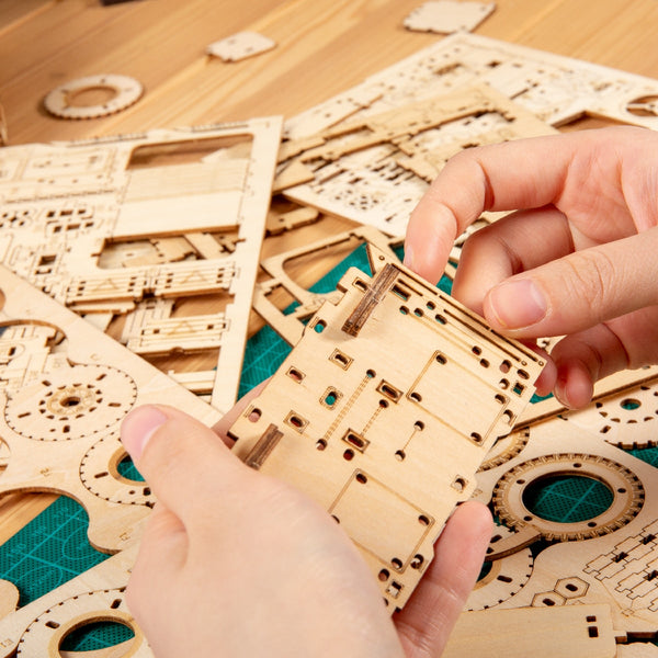 DIY Rotatable 3D Globe Laser Cutting Wooden Puzzle, 147 PCS