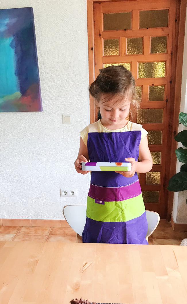 Scandinavian design for kids  Mediterranean design for kids  Waldorf Design  Montessori Design for kids  Concept Store Scandinavian design,  Apron for kids,  Delantal para niños de diseño