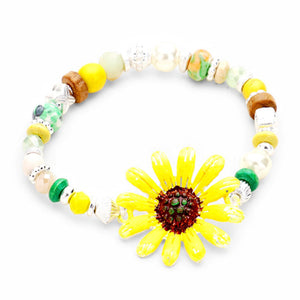 Sunflower Stretch Bracelet, add this delightful flower bracelet w/bright centerpiece to light up any outfit. Fabulous fashion & sleek style adds a pop of pretty color to your attire, coordinate with any ensemble from business casual to everyday wear. Perfect Birthday Gift, Anniversary Gift, Love You Gift, Mother's Day Gift, Thank you Gift, Statement Bracelet, Yellow Sunflower Bracelet, Sunflower Jewelry