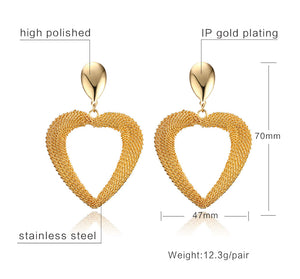 Earrings - Classic design in heart shape