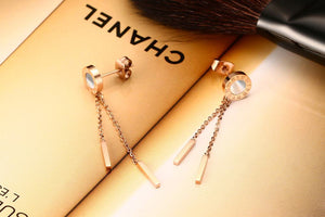 Earrings - Classic Roman number design with shell material in rose gold color