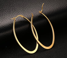 Load image into Gallery viewer, Earrings -Fashion big circle shape  in gold color