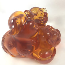 "Load image into Gallery viewer, Amore Jewell Liuli Crystal Glass - Happy Family together ""Pigs"" ~ 全家福"