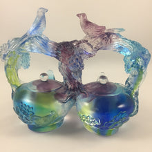 Load image into Gallery viewer, Amore Jewell Liuli Crystal Glass - Double Happiness teapots -- Huan Xi Hu ~ 歡喜壺